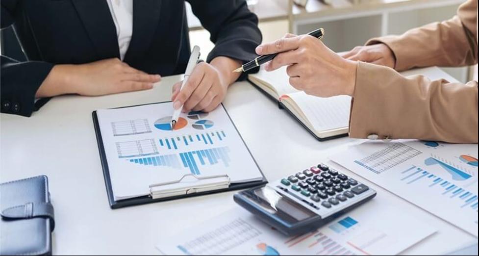 aplikasi keuangan bisnis dan usaha