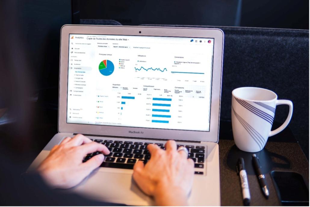 analytics katalog online penjualan